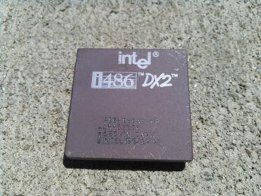 Intel i486DX2